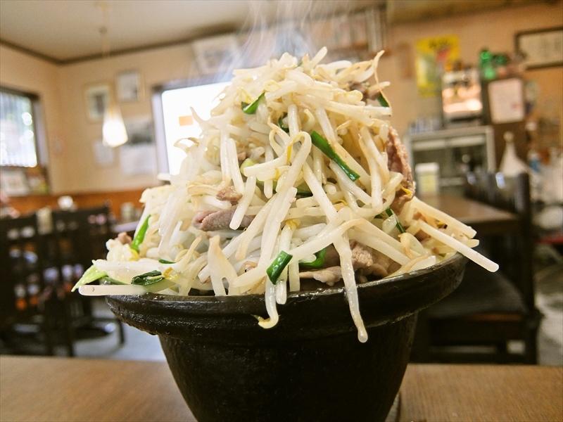 """相模原『おしゃまんべ』で日本一の高さを誇る""""ジンギスカン定食""""とか、どうよ?"""