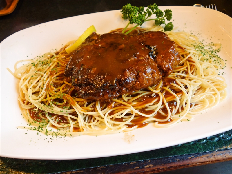 相模原『おさ』ハンバーグスパゲティでランチとか?