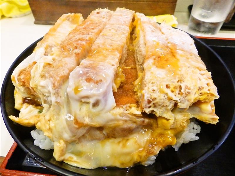 日本橋『そば処まる栄』のカツ丼を西の横綱として認定したいのですが?@大阪