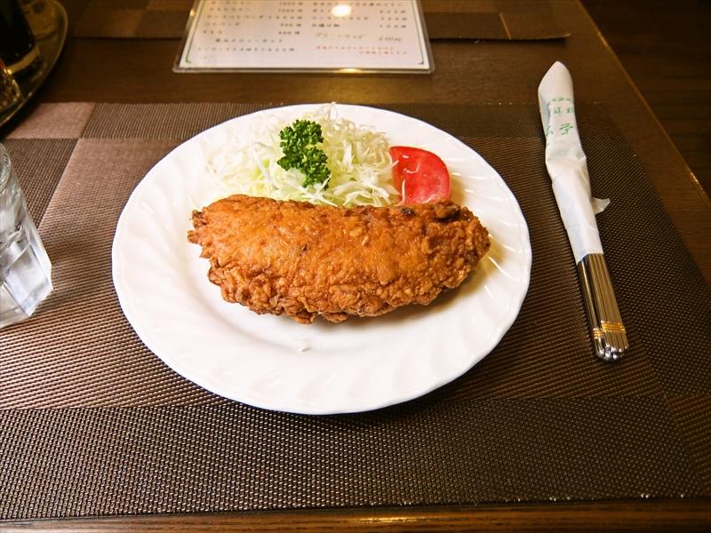 """神田『松栄亭』洋食の老舗で""""洋風かきあげ""""とか夏目漱石っぽいのでは?"""