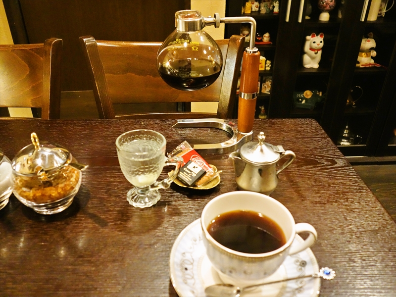 秋葉原『ダミアーノ』サイフォンコーヒーっていいよね@cafe damiano