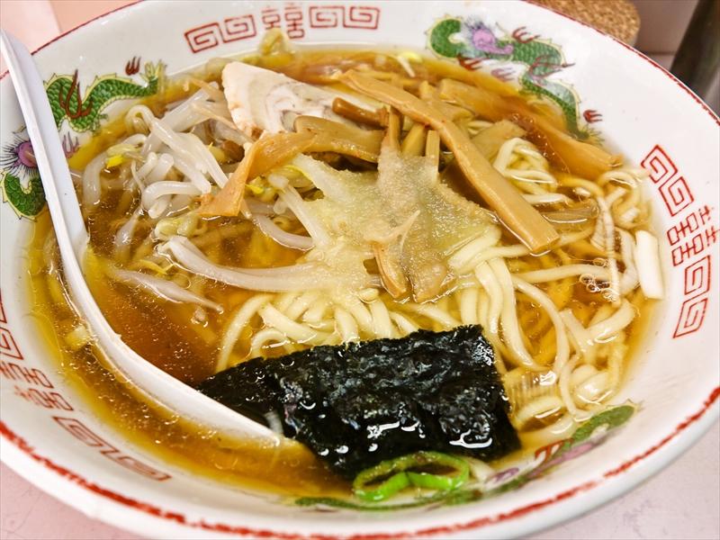 新宿『岐阜屋』で餃子とニンニクラーメンをキメてみた@新宿思い出横丁