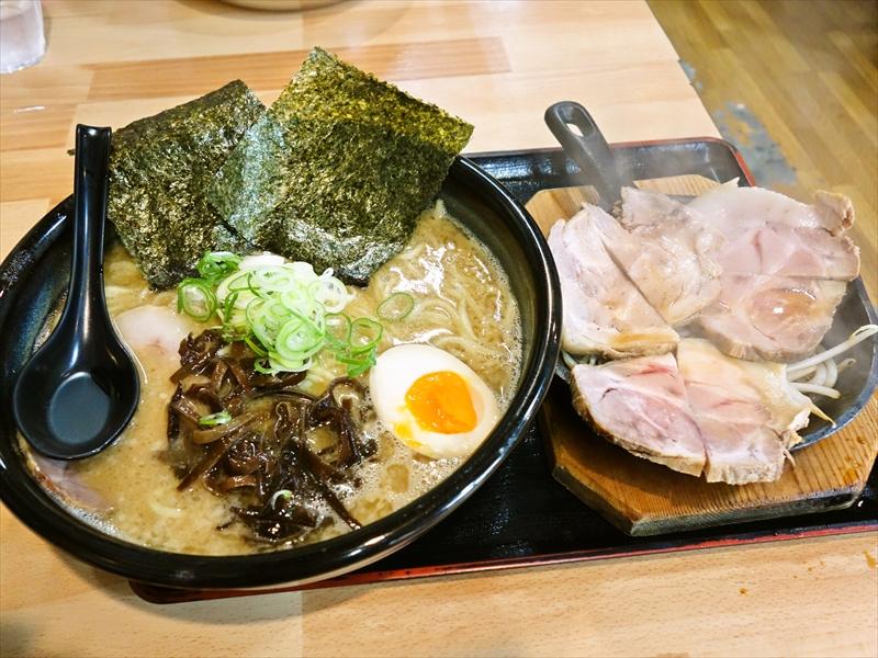 """『らーめん本気や』の""""鉄板チャーシュー麺""""が美味しかったのですが?@山形県天童市"""