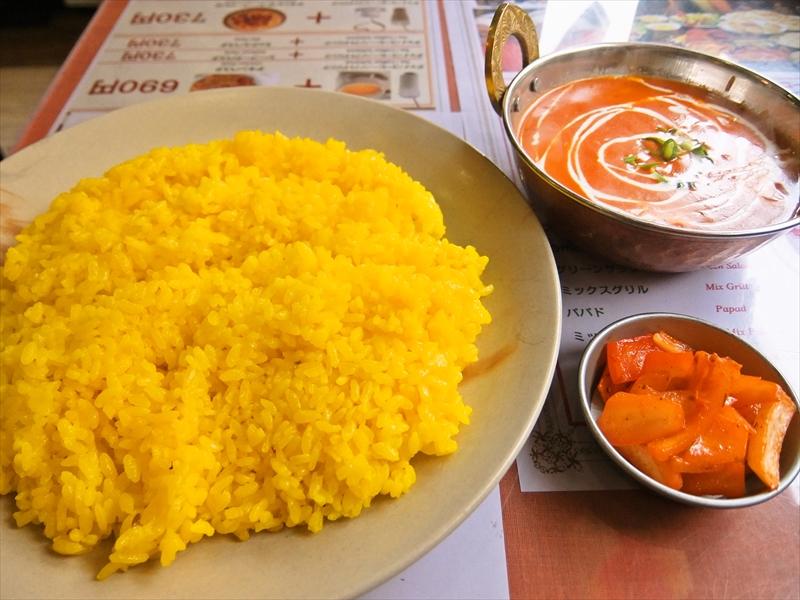 『上野キッチン』でバターチキンを食べて「甘っ!」ってなる瞬間@カレーランチ