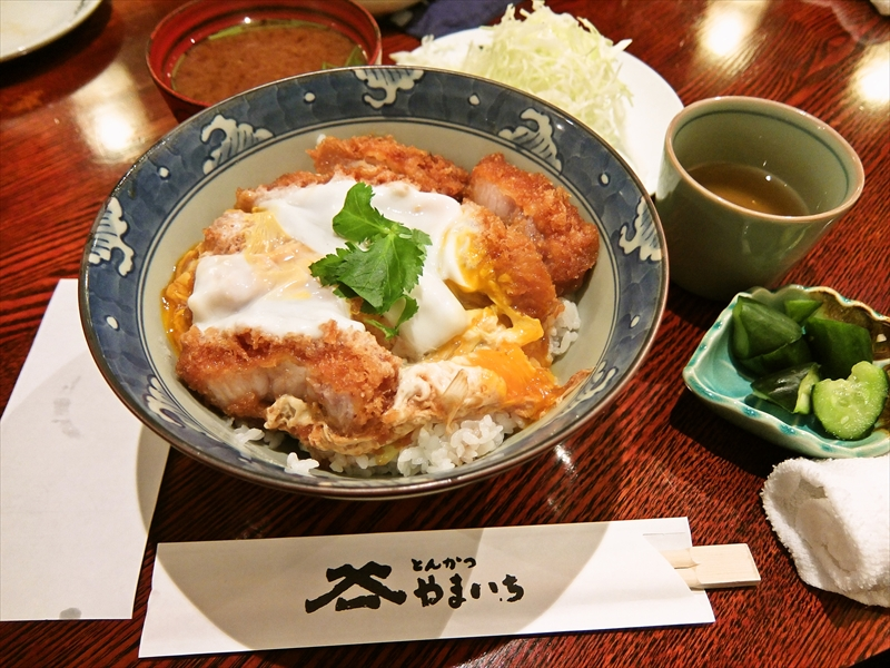 とんかつ『やまいち』で美味しいカツ丼を食べてみたい衝動@神田須田町