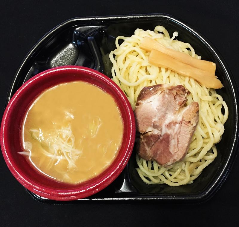 『大つけ麺博大感謝祭』が1杯500円にした100の理由@新宿大久保公園
