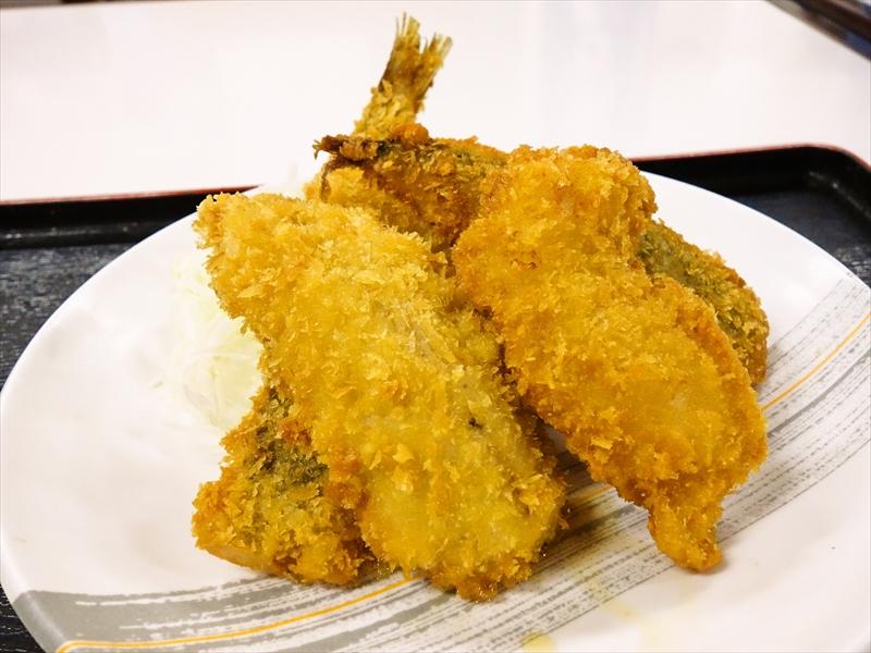 『魚市場食堂』で地魚のフライ盛り合わせ的な何かを単品でどうよ?@小田原