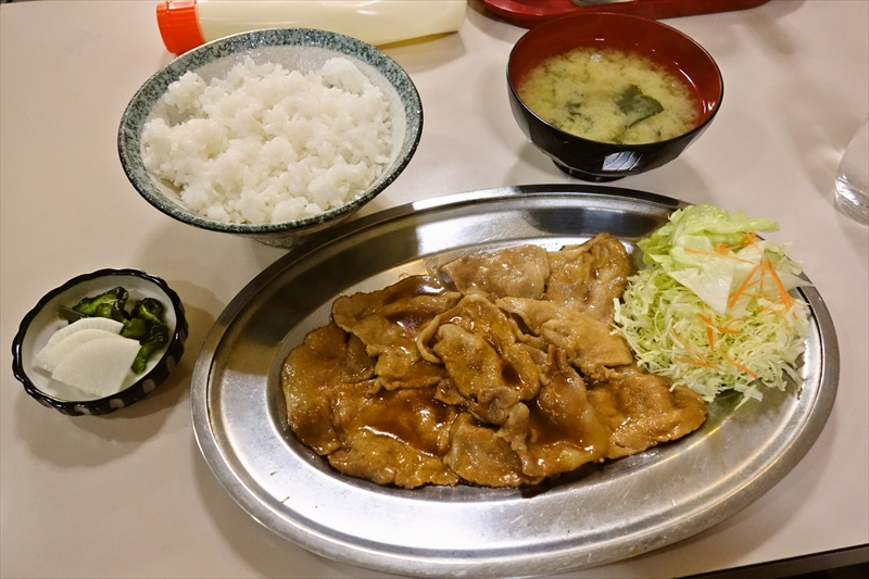 『喫茶はっぱ』で生姜焼き定食的な何かを食べてみたら美味しかった件@浅草橋