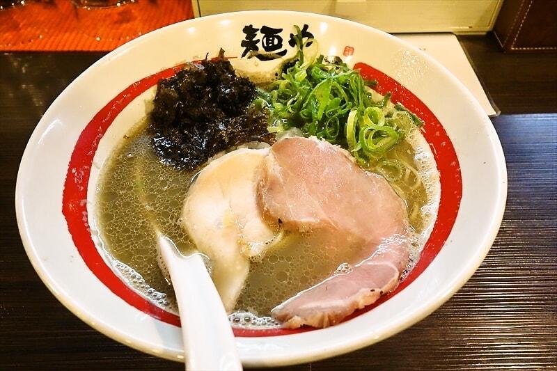 """麺や『でこ』の""""追い煮干しそば""""的なラーメンが美味しいので御報告@新丸子"""