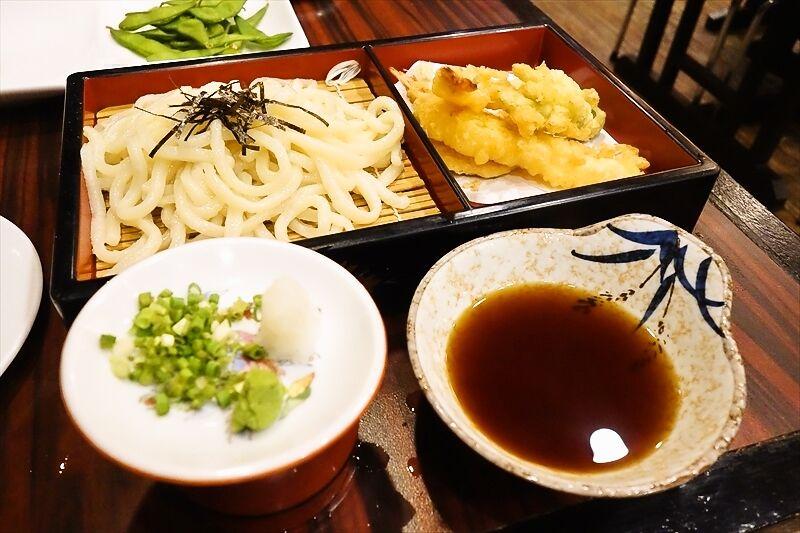 海外で食べる麺類は意外とソレっぽい味がする件の是非@フィリピン