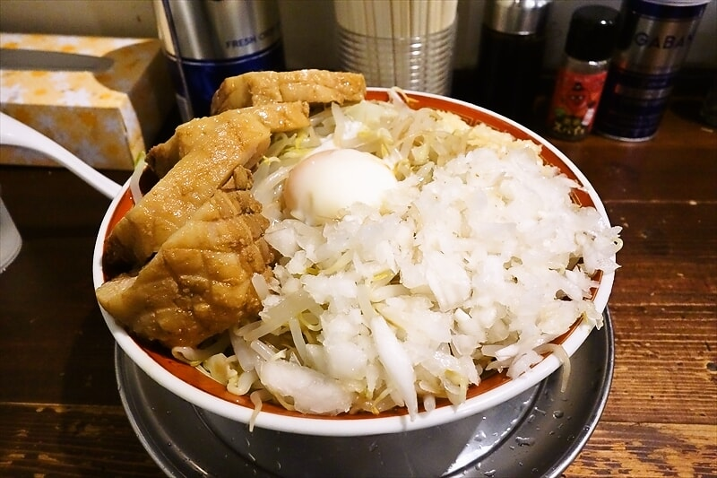 『麺でる』特製冷やしまぜ麺(豚増し)的なラーメンを食べる夏@相模原