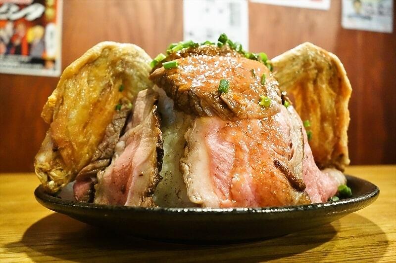 【速報】デカ盛りローストビーフ丼が1円~で食べられるチャンスですと?@『酔っ手羽
