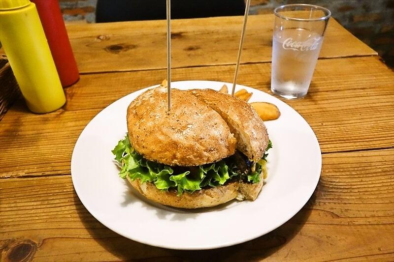 『チェリーズ』相模原で一番美味しいチーズバーガーとやらを食べてみた
