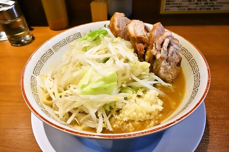 町田の人気店『ラーメン豚山』で小ぶた味噌(味噌山)をキメる!