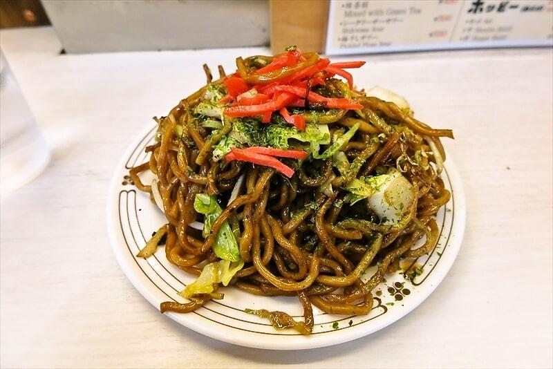 『若月』の焼きそばが平日の昼限定で復活してたので食べて来た@新宿