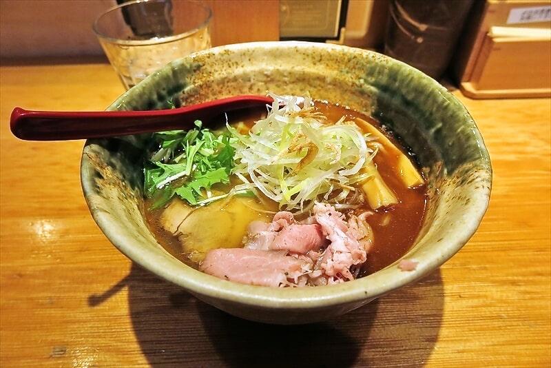 """新宿『たかはし』本店で""""焼きあご塩らー麺""""的なラーメンを食す!"""