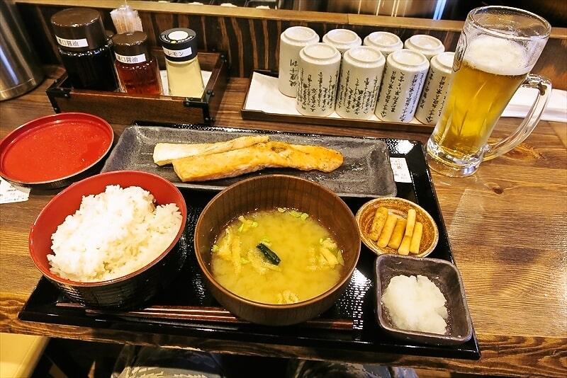 【炭火】町田の『しんぱち食堂』でハラス定食&170円ビール【焼魚】