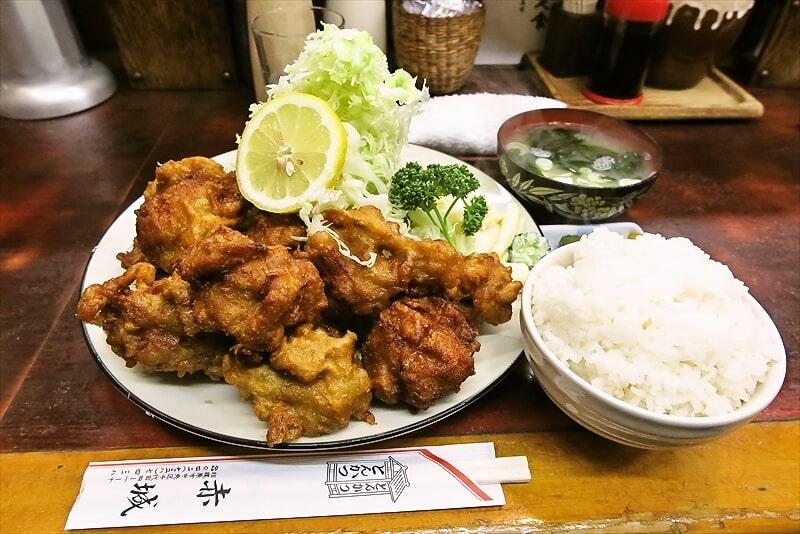【デカ盛り】鶏の唐揚げを食べに『とんかつ赤城』に行ってみた話@相模原