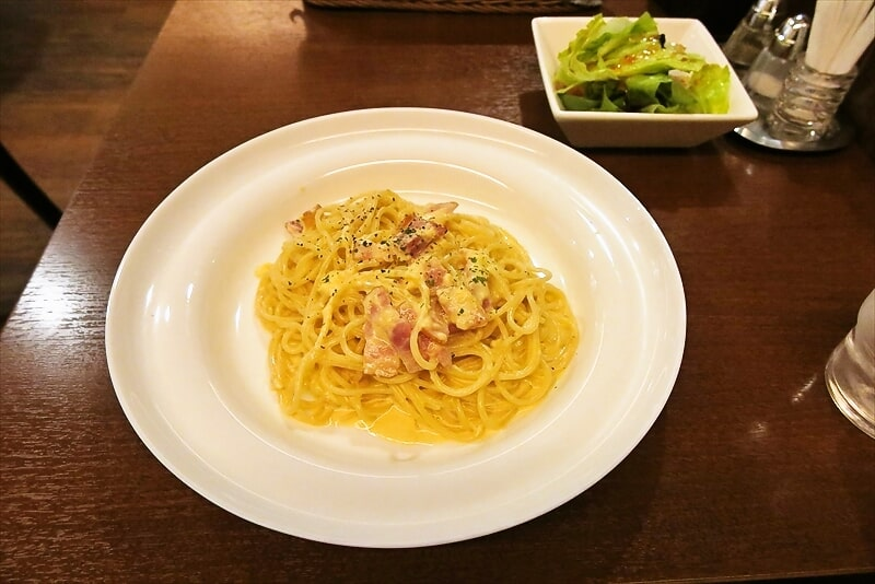 『ビストロ シェ リキ』で美味しいカルボナーラを食す!@町田