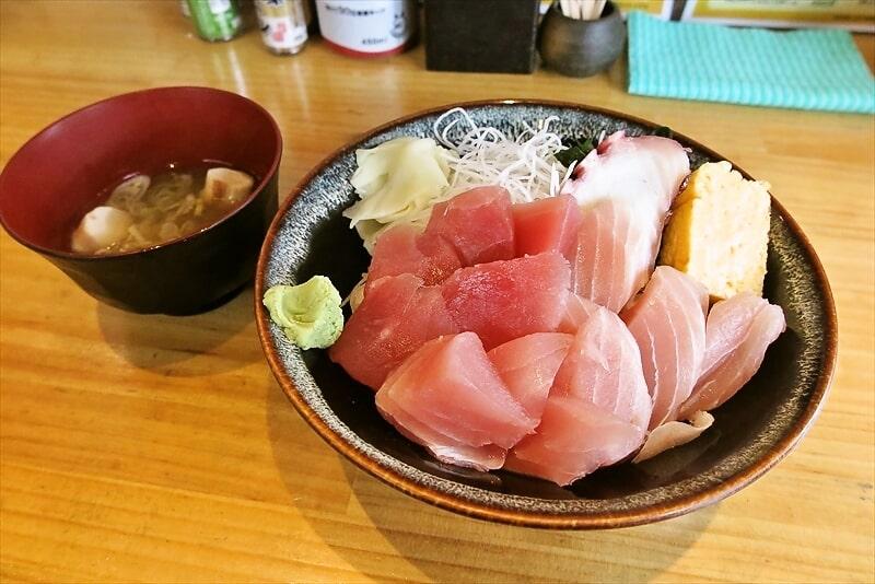 『昭和食道 上宿一丁目』まぐろ切り落とし丼550円のマグロヂカラ!