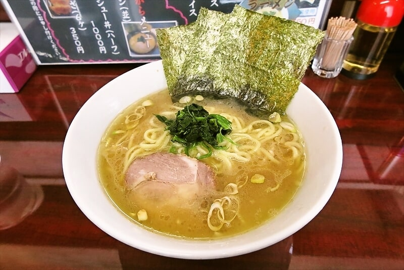 家系ラーメン『甲子家』でラーメン並を食べてみました@横浜