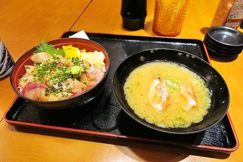 新宿『大江戸食堂』ぶりトロ丼600円が美味しかったので御報告