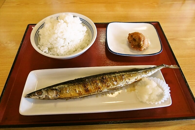 『陽光台食堂』炭火焼きの秋刀魚に羽釜で炊いたコシヒカリ【閉店】