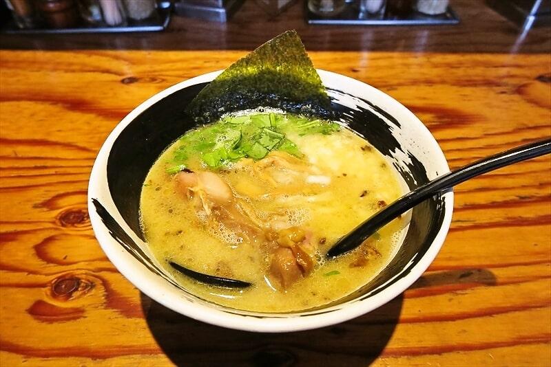 『麺場 浜虎』こく塩そば的な鶏白湯ラーメンを食べた日@横浜