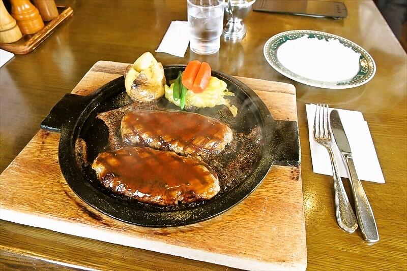 町田『シャーロックホームズ』ビッグハンバーグランチが美味しい件