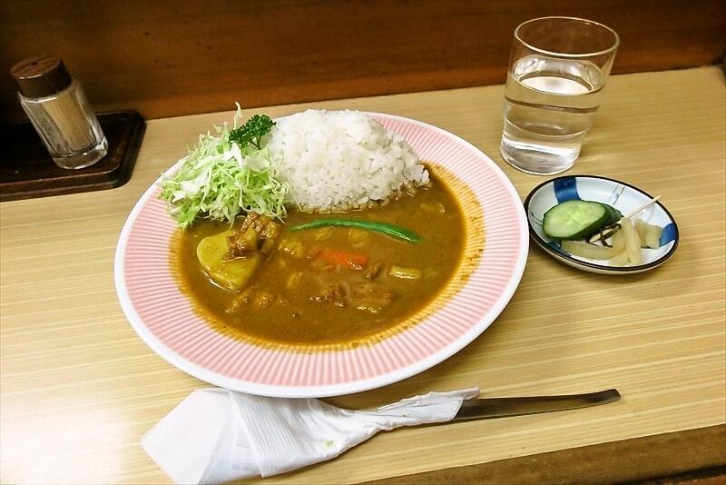 町田仲見世商店街『アサノ』年末に食べるポークカレーとか