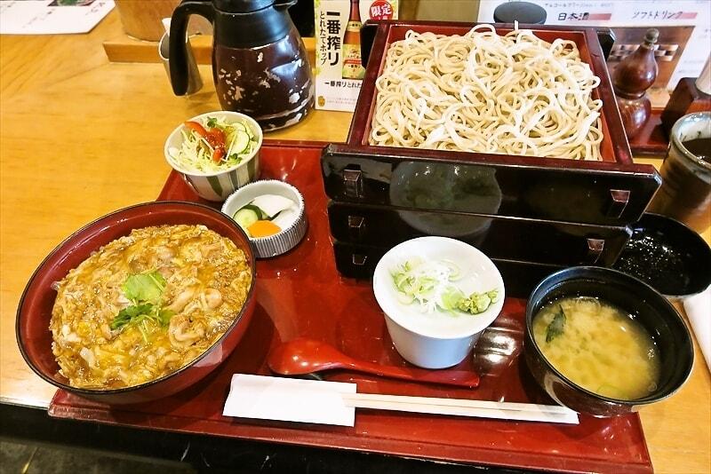 相模原『池乃家』親子丼セット&蕎麦特盛りでどうでしょう?