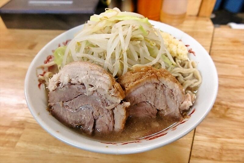 横浜『登良治郎』(とらじろう)小ブタ2枚的なG系ラーメンを食べる日