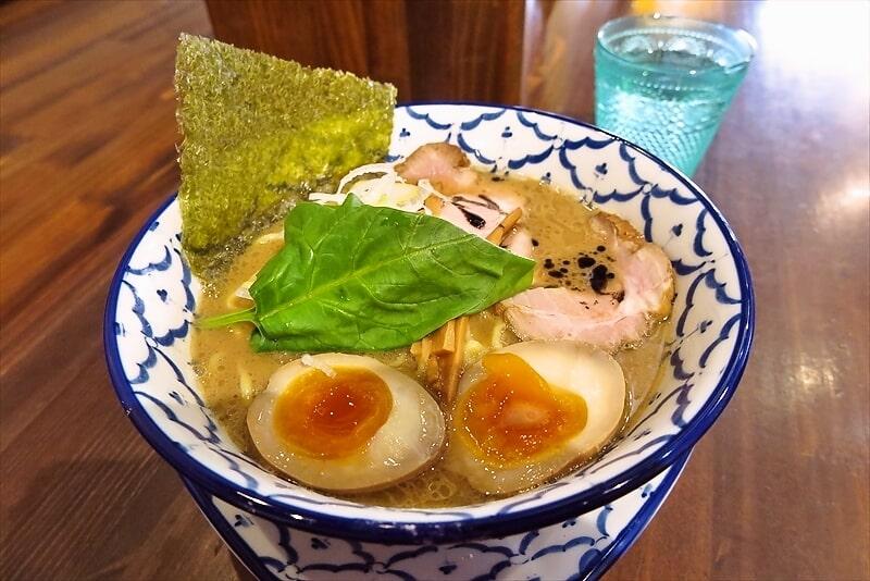 八王子『麺飯食堂チャアヤ』煮干し豚骨醤油ラーメンどうでしょう?