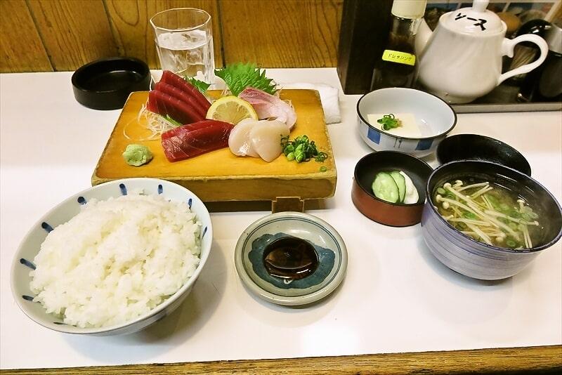 町田『稲穂』年末に刺身定食を食べてみた話