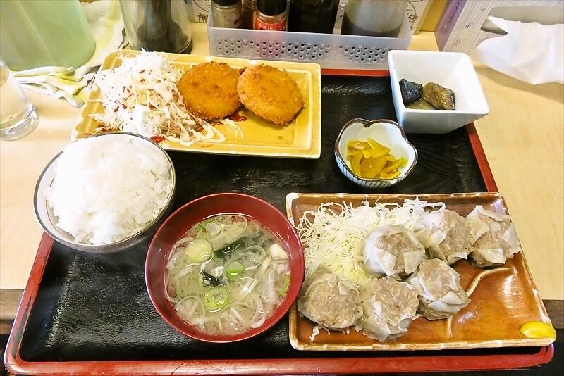 相模原『食事処 禅』ジャンボシューマイとカニクリームコロッケ定食