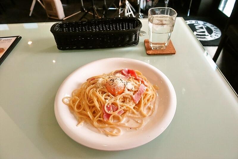 町田『カフェ&バー IVY』(アイビー)カルボナーラ550円ですと?