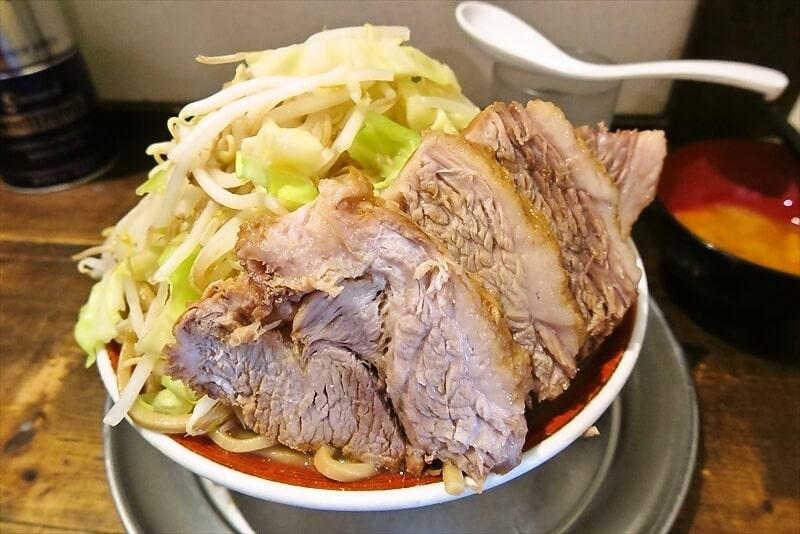 2月29日はニンニク&肉の日!『麺でる』ラーメンのブタが香福豚ですよ!