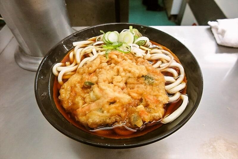 駅そば『日栄軒』天ぷらうどんって美味しいよね?@東神奈川