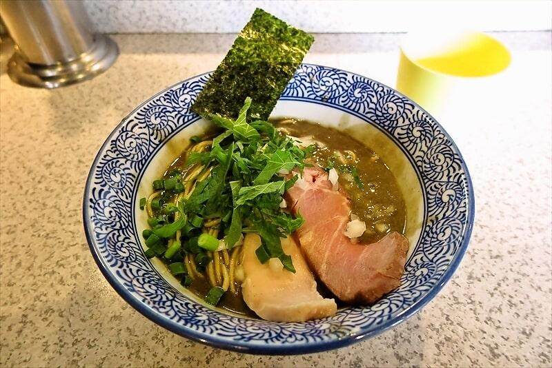 高田馬場『破壊的イノベーション』濃厚煮干しラーメンを食す!