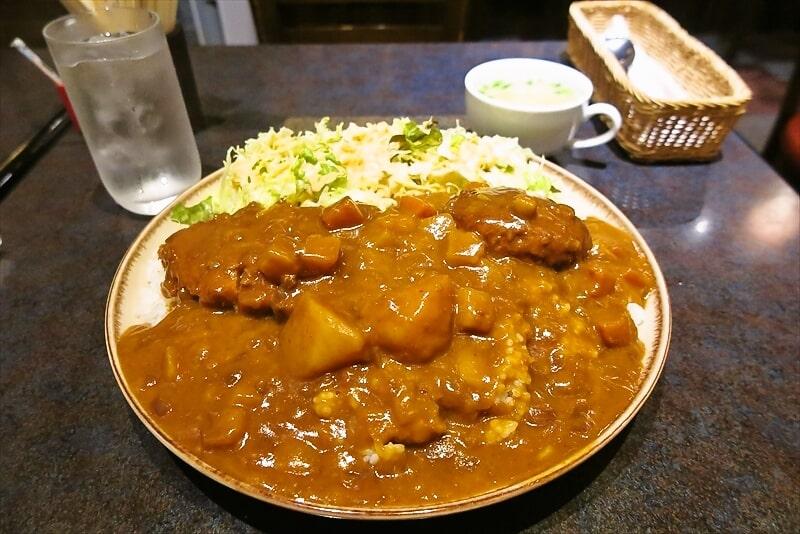 町田『KENT』(ケント)デカ盛りハンバーグかつカレーを食べてみた