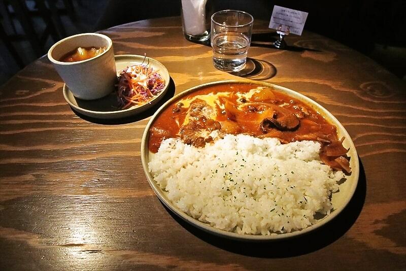 町田『武相庵』カフェ的な空間で食べるハッシュドビーフとか