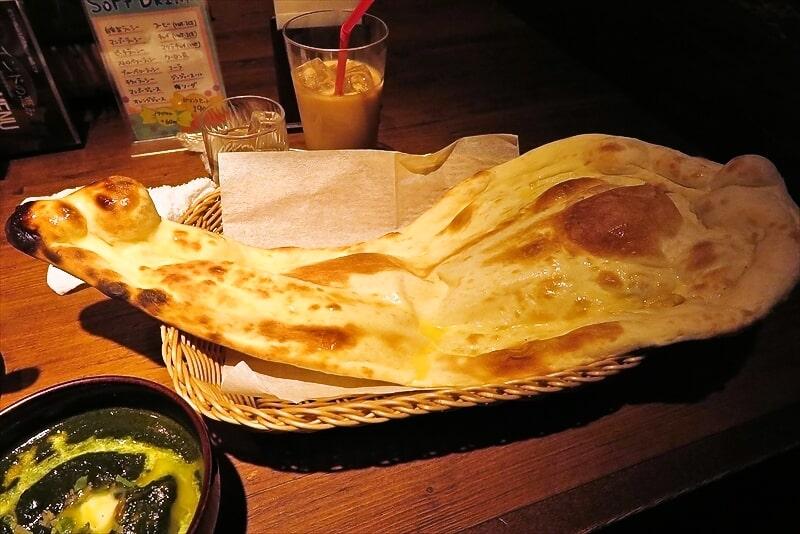 相模原『インドの恵み』サグポーク&ナン的なカレーでどうでしょう?