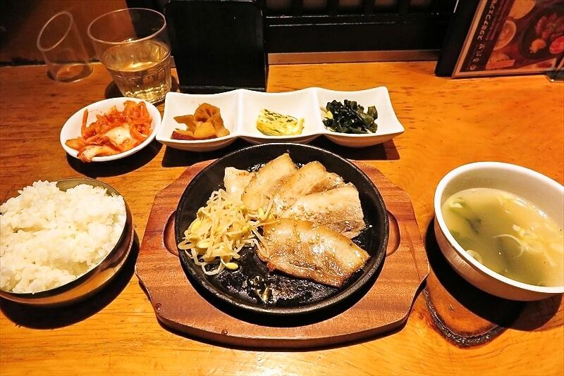 町田『吾照里』(オジョリ)鉄板サムギョプサル定食
