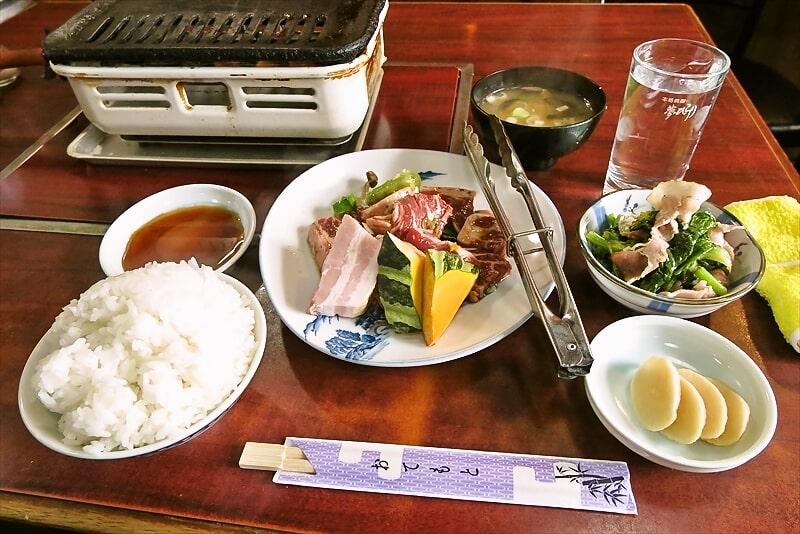 相武台団地『焼肉オックス』焼肉定食的なランチでワンチャンどうよ?