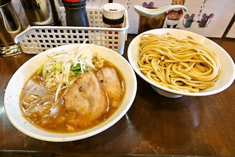 """相模原『麺屋 歩夢』鍋2個で""""つけ麺""""の持ち帰りも可能ですと?"""