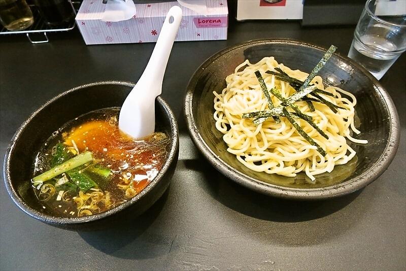 町田『麺屋 くり』ラーメンをスルーして醤油つけ麺を食べる瞬間