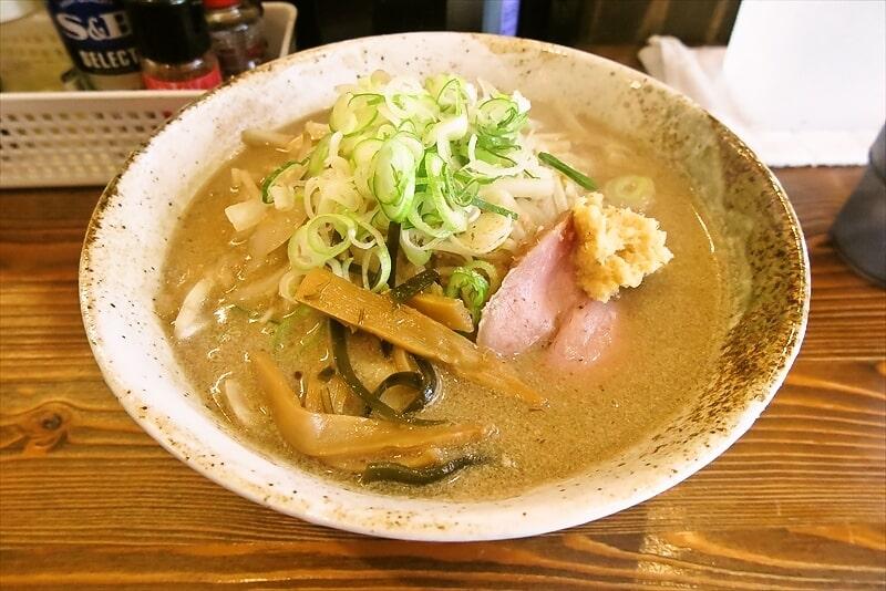 相模原『六花ーRokka-』札幌味噌白湯ラーメンでどうでしょう?