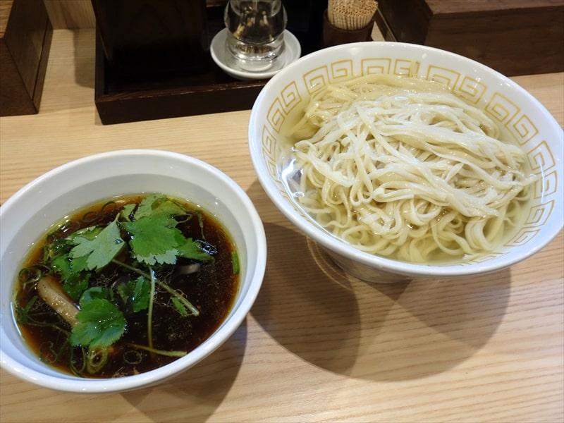"""淵野辺『中村麺三郎商店』で限定の""""昆布と鶏節水の醤油つけ麺""""を食べてみた"""