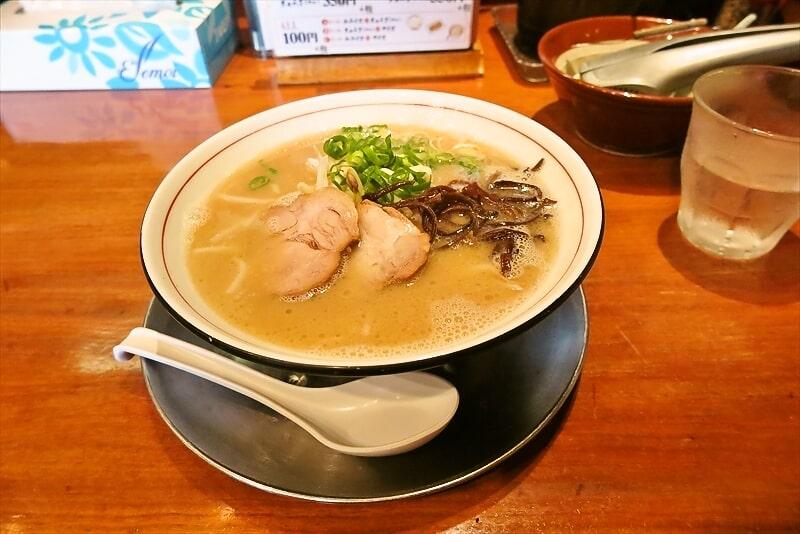 横浜環状2号線『豚そば 成(なる)』豚そば的ラーメンを食す!