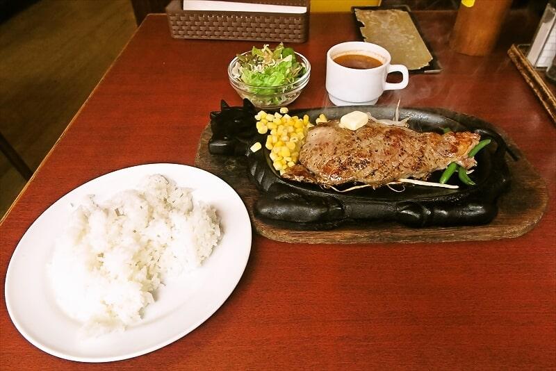町田『ハンバーグ&ステーキくいしんぼ』ランチサーロインステーキ1000円